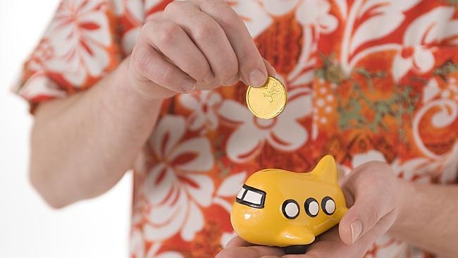 holiday money saving tips